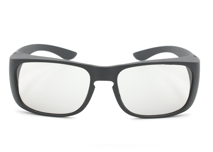 3D glasses with big frame